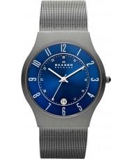 Skagen 233XLTTN Pánská klassik titan silver mesh hodinky